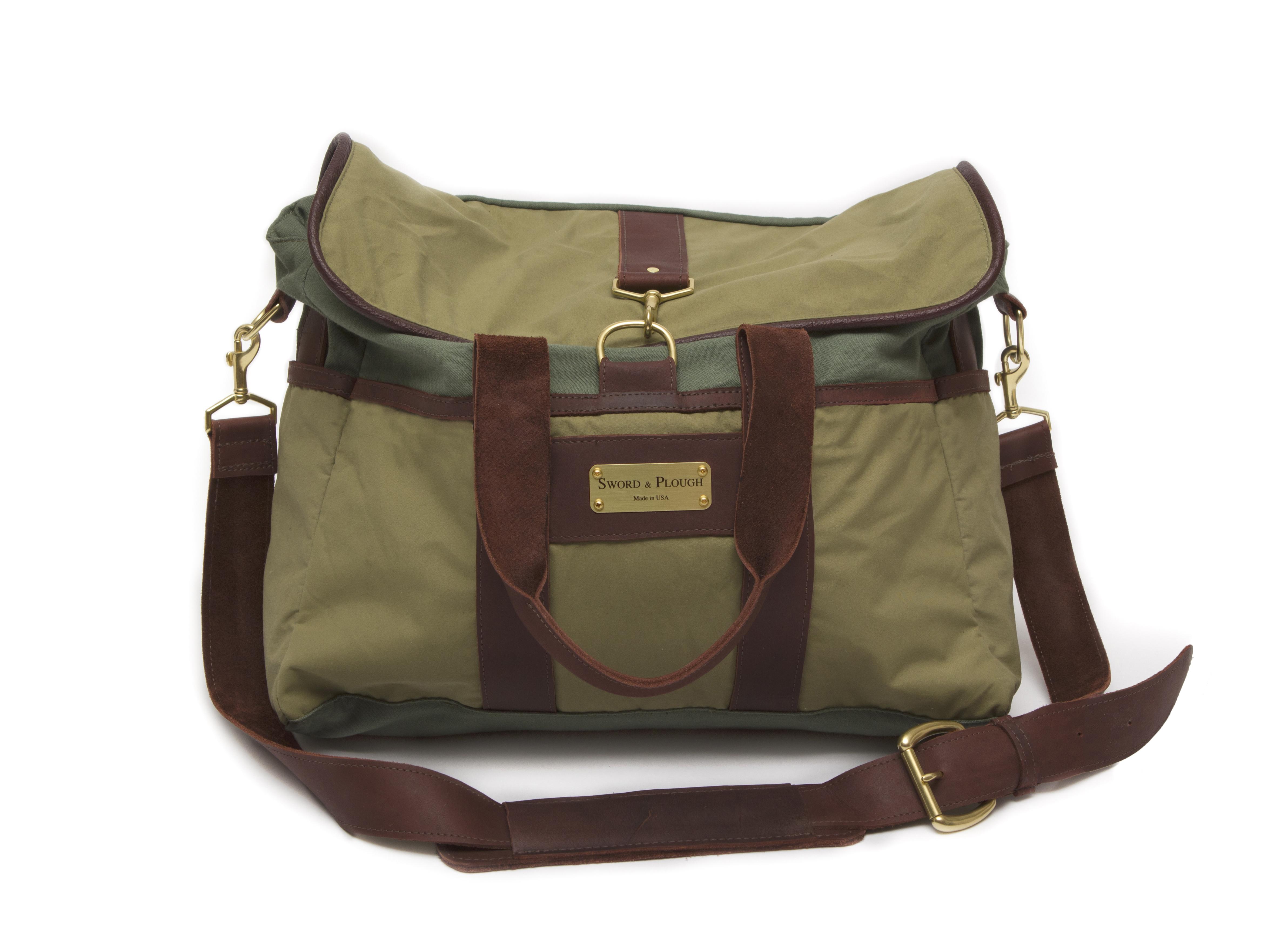 089be0b96b9b6 Green Messenger 1. Sword   Plough Signature Messenger Bag ...
