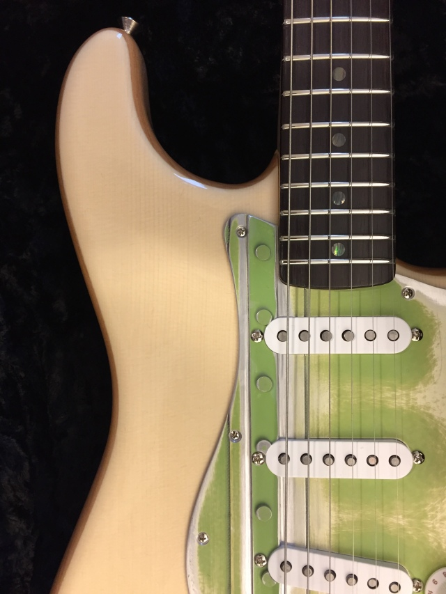 Boeing Totem Spruce-Top Stratocaster